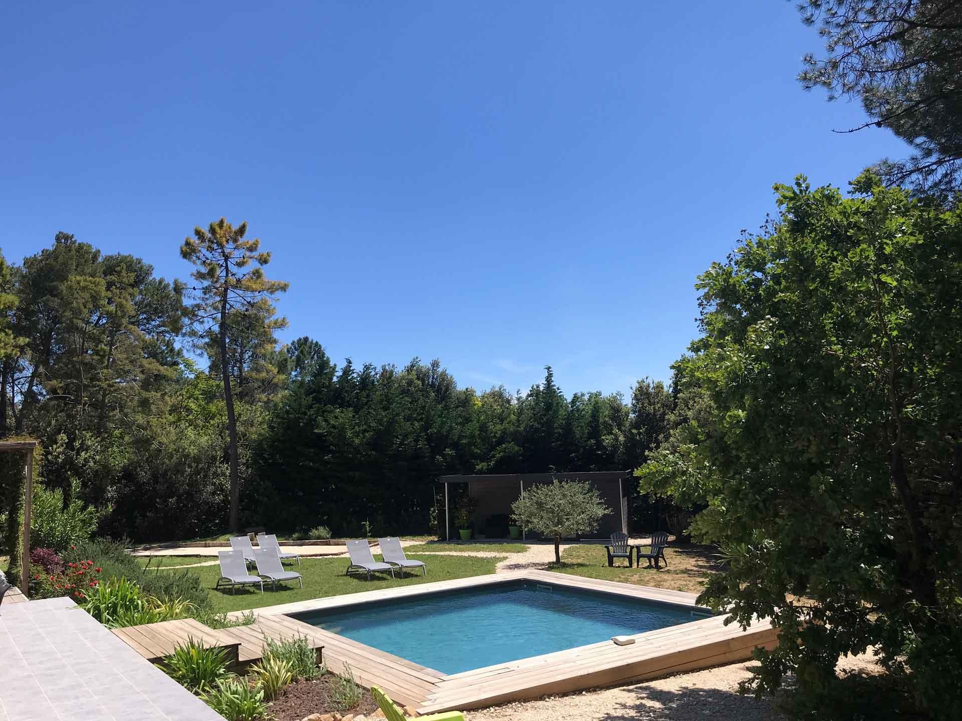 Chambres d'hôtes en ardèche du sud avec piscine chauffée